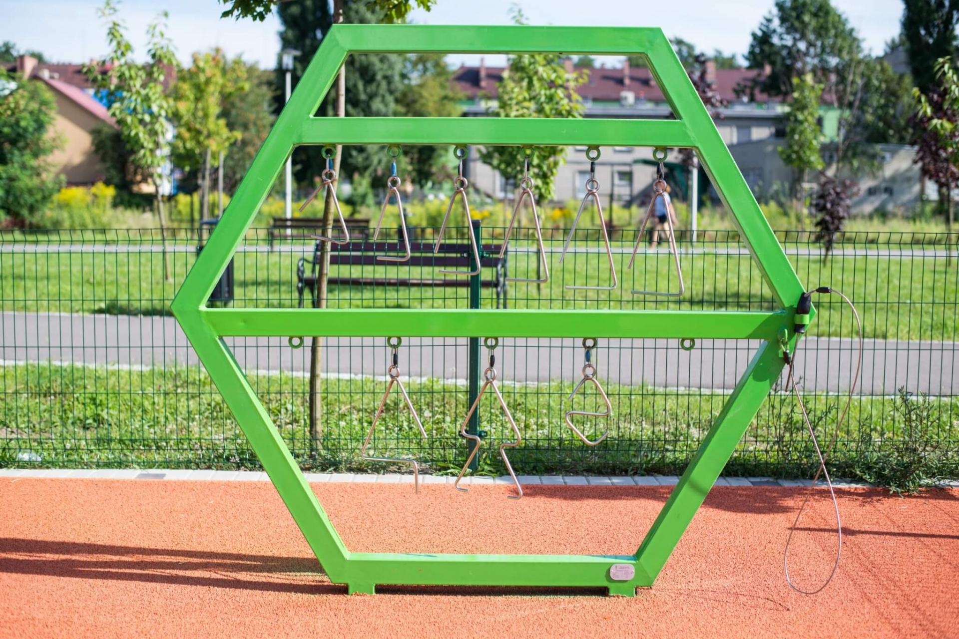 Grające trójkąty plac zabaw